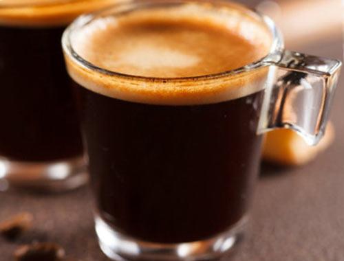 لانگو یا لونگو یک نوشیدنی بر پایه اسپرسو همراه با آب بیشتز می باشد