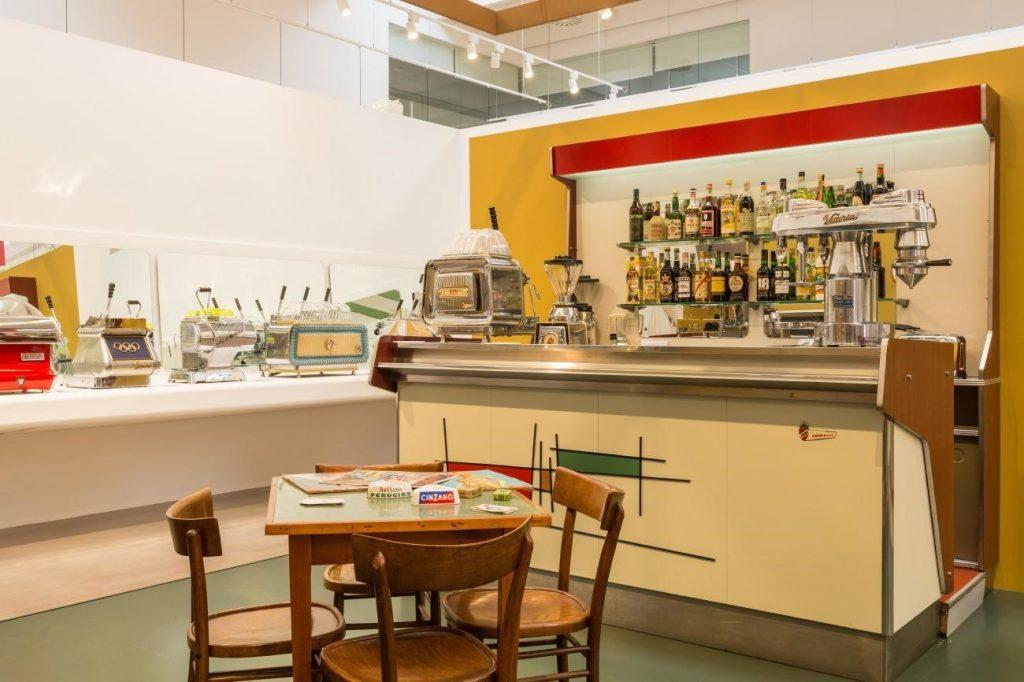 بازسازی کافی شاپ های دهه 1950در نمایشگاه