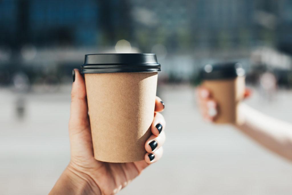 قهوه بیرون بر