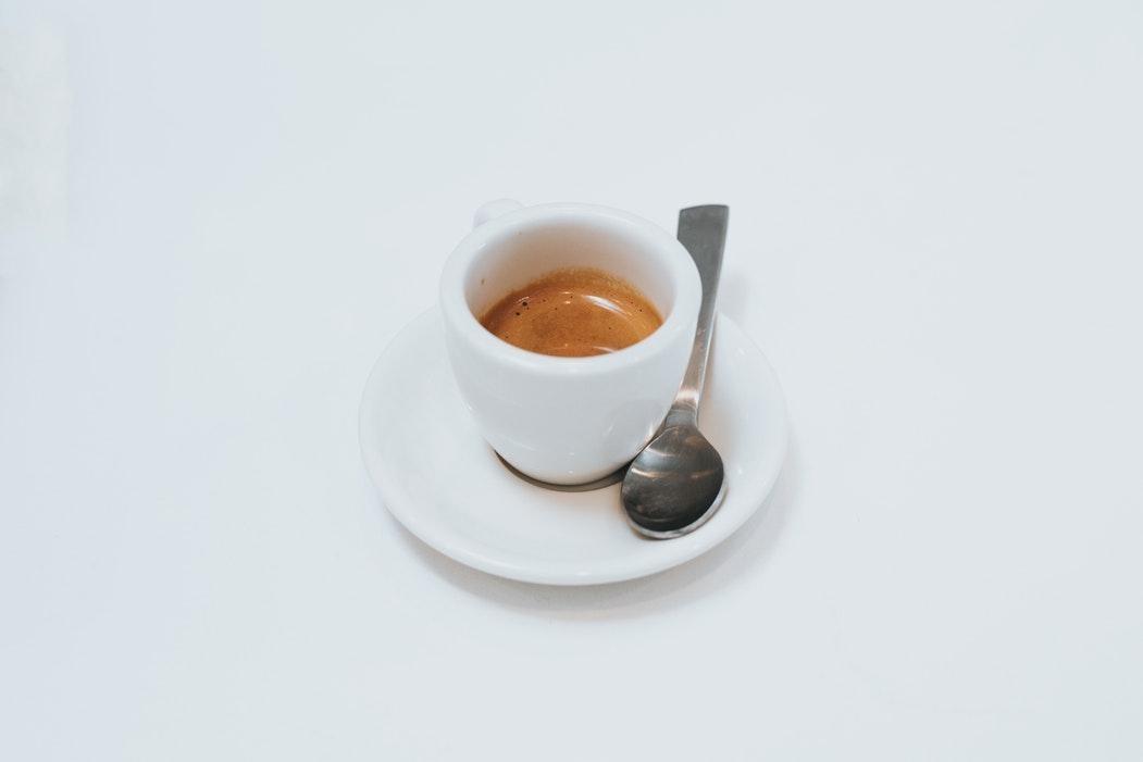 یک فنجان اسپرسو