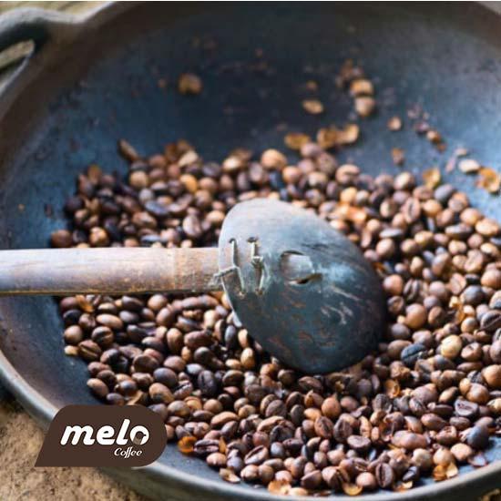 چگونه دانه های قهوه را برشته کنیم ( 4 گزینه برشته کردن برای نتایجی یکپارچه)