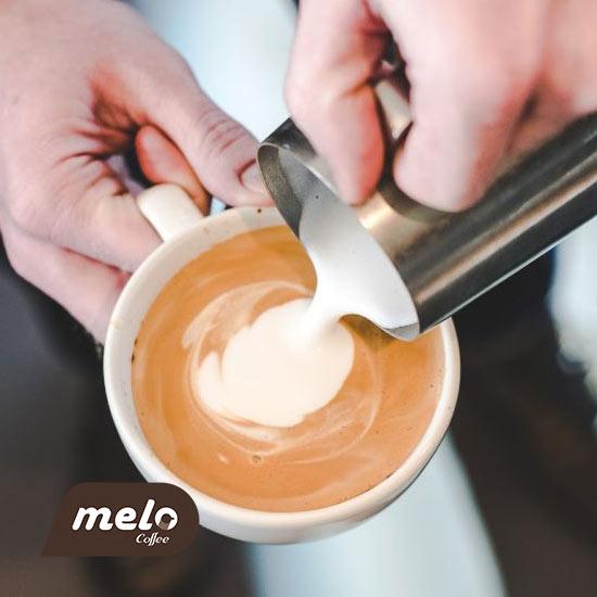 بهترین شیر غیر لبنی برای قهوه اسپشالتی کدام است؟