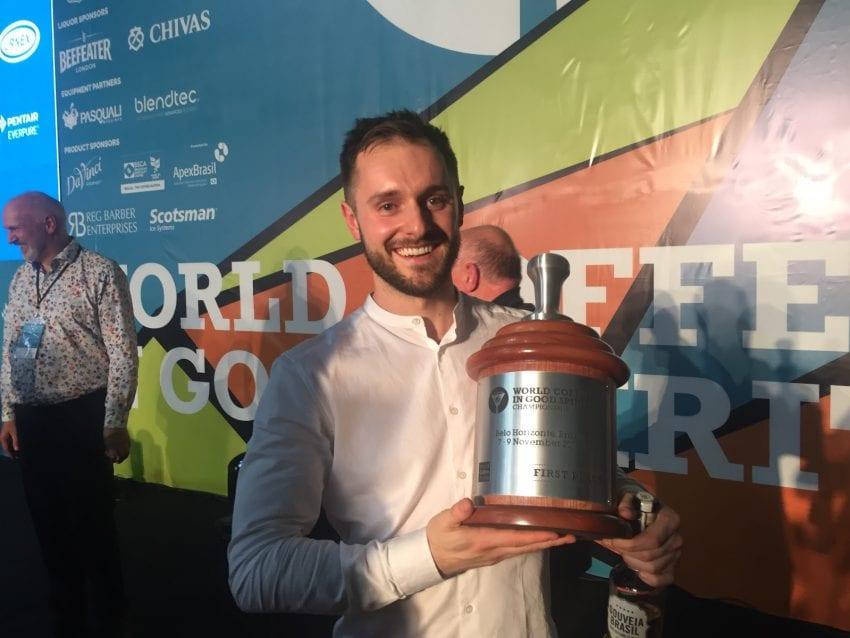 world coffee in good spirits نفر اول دَن فلوز با جام قهرمانی
