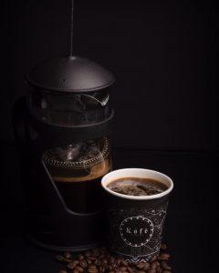 قهوه فِرِنچ پِرِس آماده برای نوشیدن