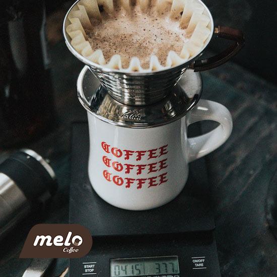 تمامی چیزهایی که برای دم کردن یک قهوه پُراُوِر باید بدانید
