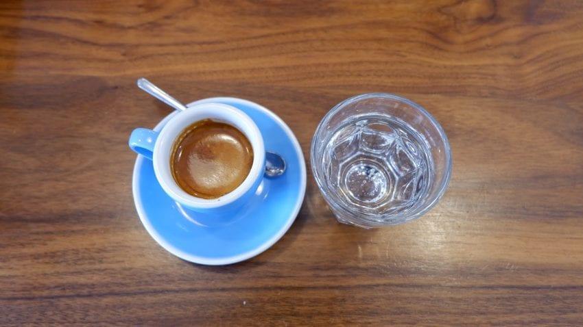 نوشیدن اسپرسو در برشته کنندگان قهوه VESTA در لاس وگاس