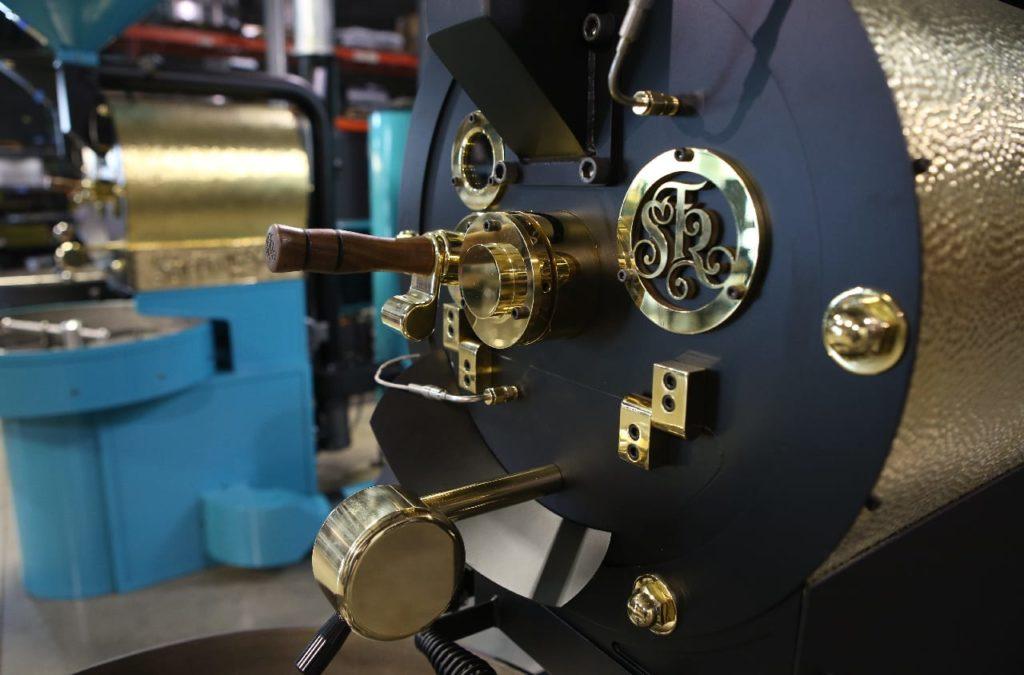 قرار دادن دانه های قهوه در SF-6